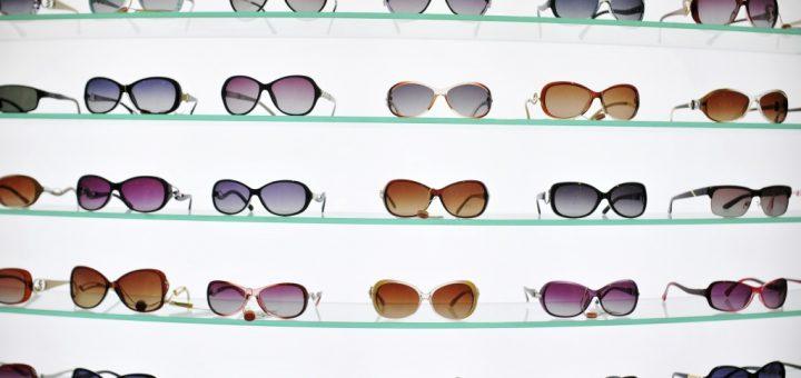 eyewear retailing