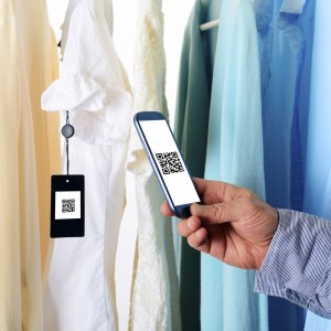 mobile assistant retail employees